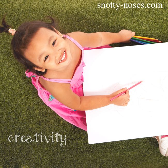 How to encourage creative play so that children can play and learn