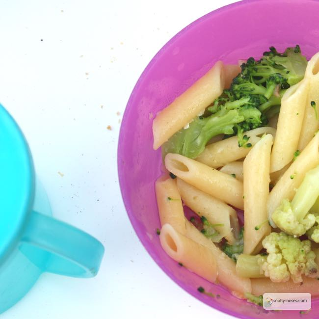 Broccoli and Cauliflower pasta. An easy, healthy recipe.