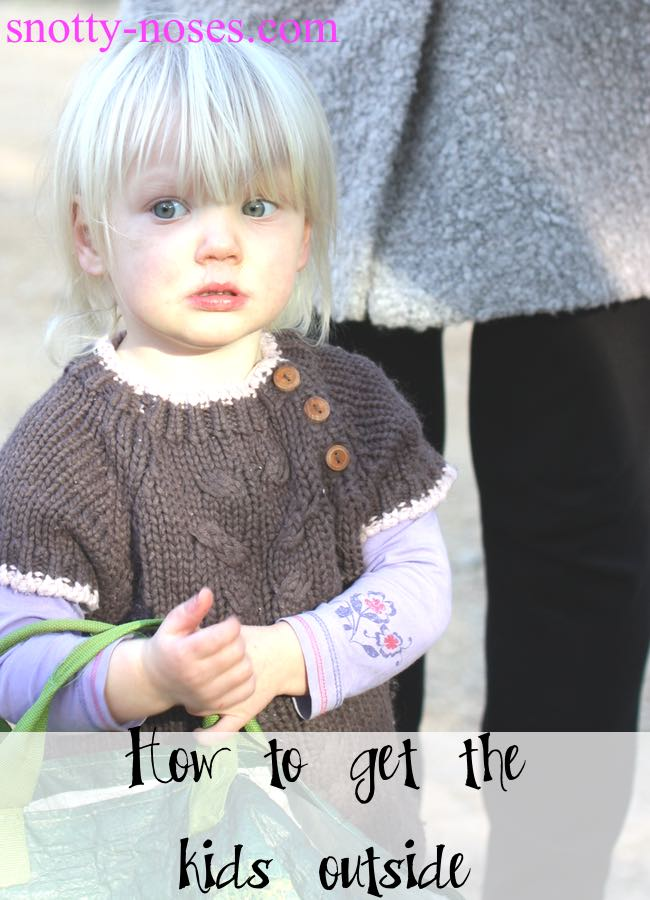 How to Enjoy Outdoor Time with Young Children