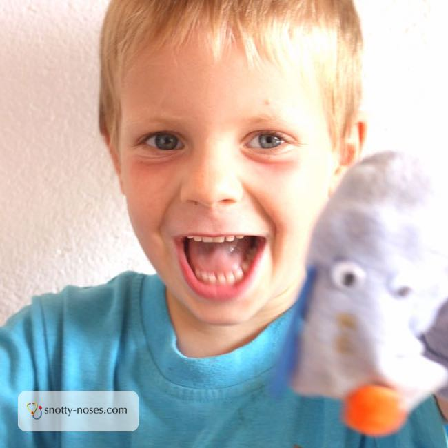 How to Make Easy Peasy Sock Puppets. A simple and easy activity that recycles old socks.