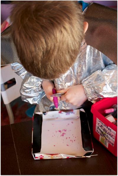 Making wax crayons